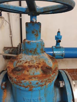 Wasserhahn-Rost